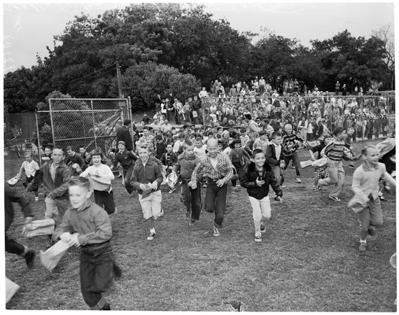 Arcadia Easter egg hunt, 1957