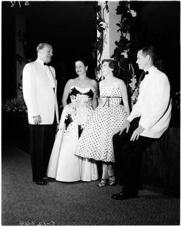 Black and White ball, 1958