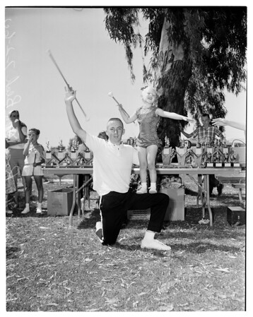 Baton twirling contest, 1960
