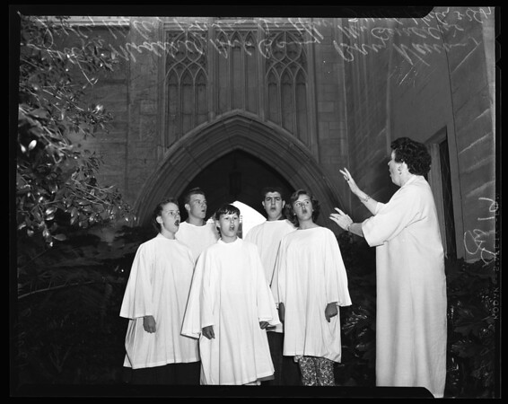 """Hollywood Bowl Easter Services (Rehearsing) """"The Living Cross"""" Chorus, 1957"""