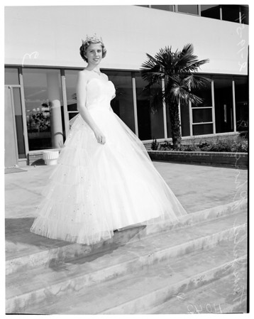 El Camino Junior College Queen, 1954