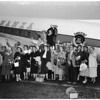Glendale Chamber of Commerce leaves for Honolulu, 1955