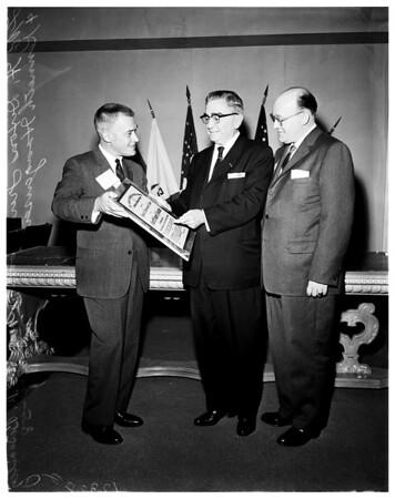 Biscailuz receiving special achievement award, 1958