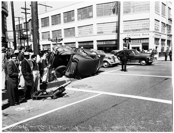 Overturned auto, 1952