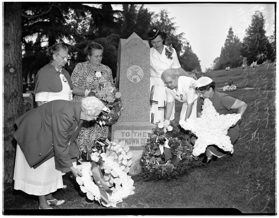 Memorial Day services, Rose Hills Memorial Park, 1951