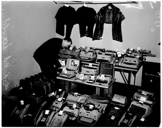 Loot from burglary, 1958