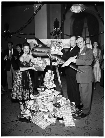 """Operation Santa Claus (Special Flight of """"Yule Fuel"""" for United States Wounded Overseas Via Pan-American -- Gifts Gathered by Trailer Coach Association), 1951"""