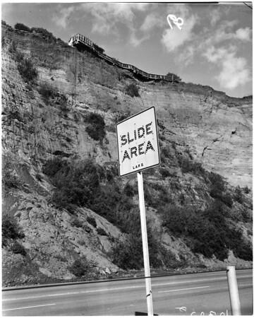Huntington Palisades home in landslide, 1958.