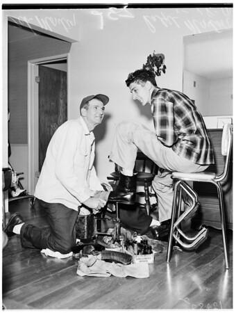 Shoeshine, 1958