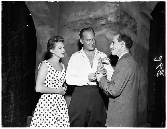 """""""Victoire"""" award, 1958"""