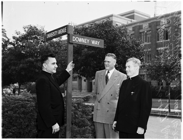 Downey Way Street marker on University of Southern California campus, 1955