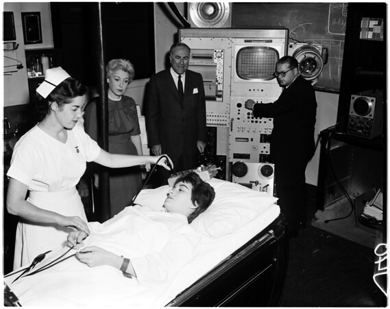 Cedars of Lebanon heart machine, 1958