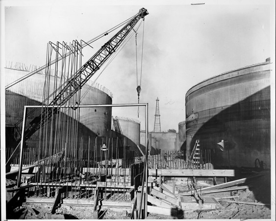 Digester tanks at Hyperion sewage treatment plant under construction, Los Angeles, 1948