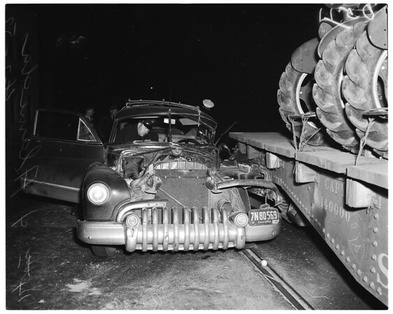 Auto accident at 14th Street and Alameda Street, 1952