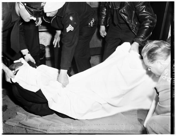 Elevator injury, 1951