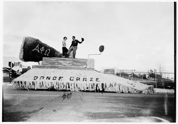 Los Angeles City College homecoming parade...Alpha Phi Omega float, 1951