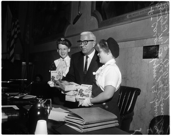 Girl Scout cookie sale, 1958