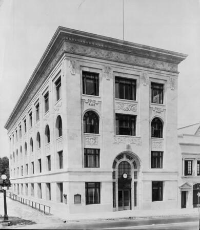 The new Pasadena Star News Building, ca. 1910-1940