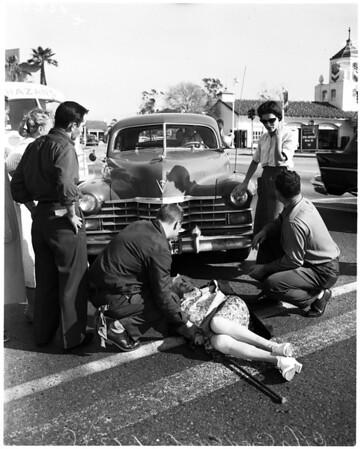 Traffic acident in West LA, 1958
