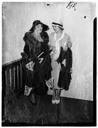 Mary Miles Minter and Gabrielle Vogelaar, 1934