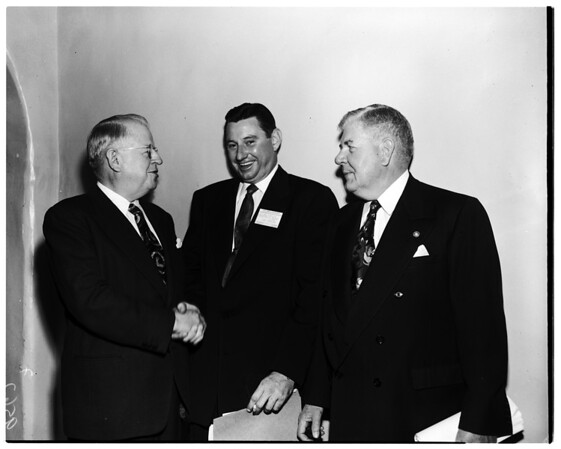 National Federation of Financial Analysts Societies (convention at Ambassador [Hotel]), 1952