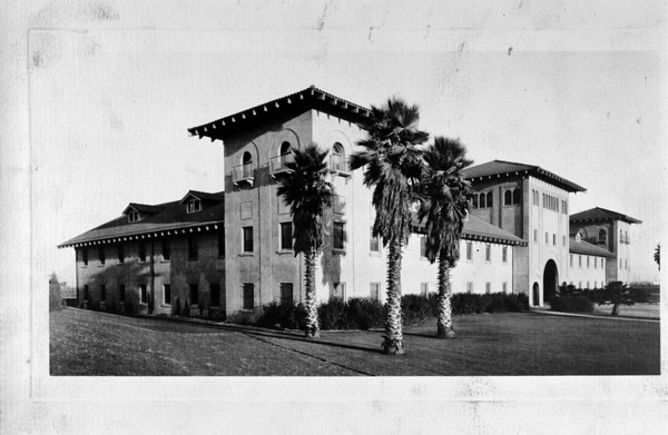 The administration building of the Union Stock Yards, before? 1926