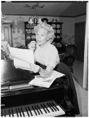 Dinah Shore, 1953