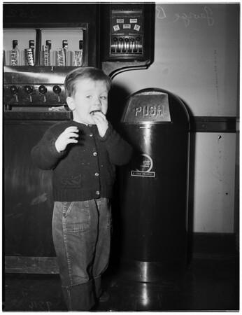 Lost boy (Harbor), 1952