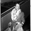 Arrives from Honolulu, 1952