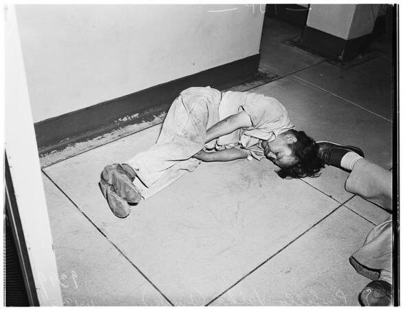 Drunk midget...77th Street Station, 1951