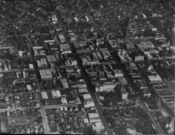 Pasadena from a U.S. Army observation balloon, 1919