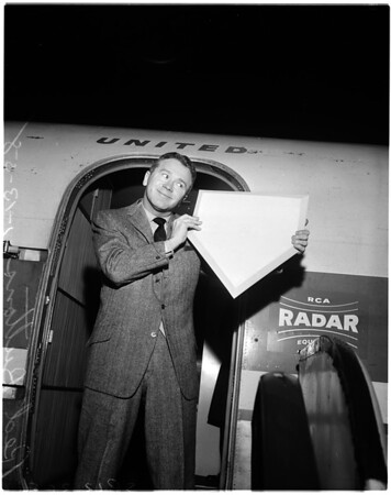 Red Buttons -- handout, 1958
