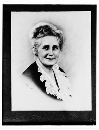 Evelyn Smith, 1951