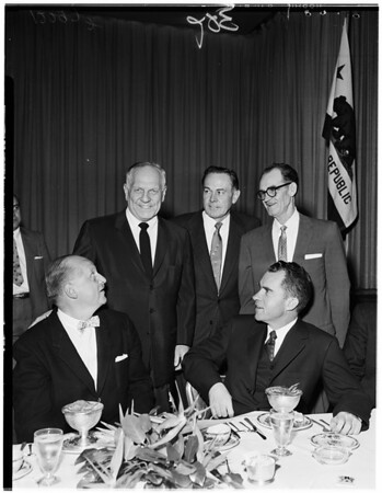 Nixon at American Federation of Labor and Congress of Industrial Organizations dinner, 1958