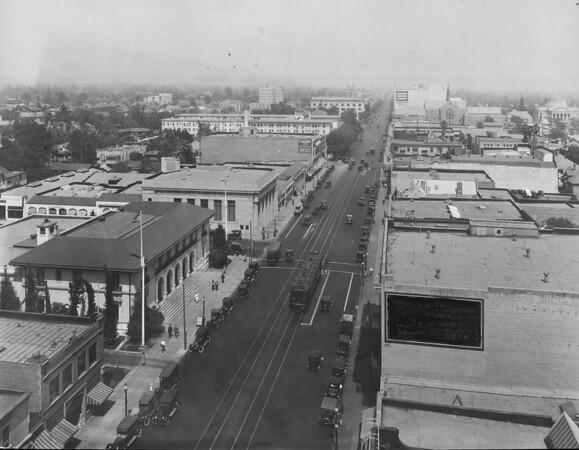 Looking east on Colorado Street, Pasadena, 1929