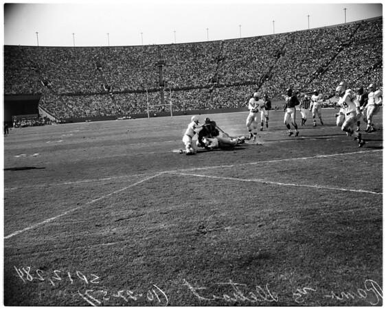 Football - Rams versus Detroit, 1957