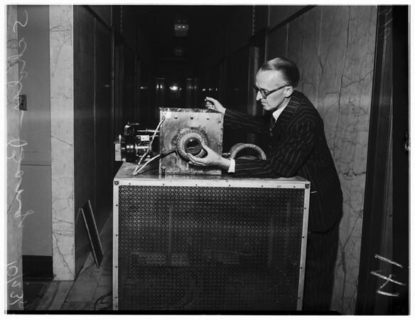 Death ray machine, 1951