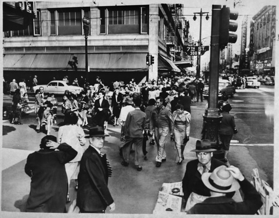 Crowded intersection of Seventh Street and Broadway in Downtown Los Angeles, 1952