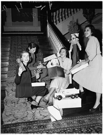 Crown Guild Benefit, Pasadena, 1952