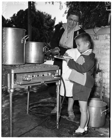 El Monte mass feeding, 1958