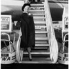 French American singing star arrival, 1958