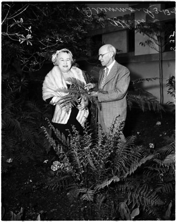Horticulturist honored, 1958