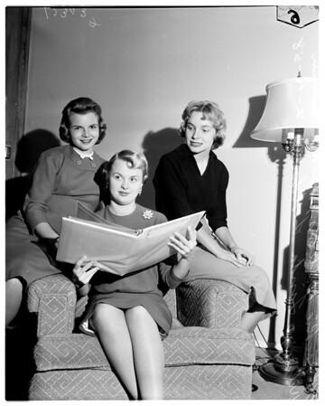 Rose Princesses Association meeting, 1958