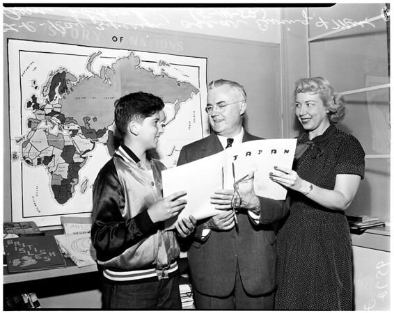 Oscar Ewing visits Culver City School, 1952