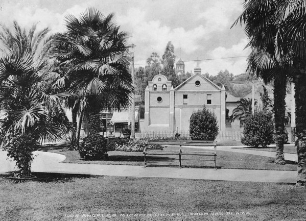View of Los Angeles Mission Chapel from the Plaza, [s.d.]