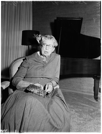Mrs. Eleanor Roosevelt at home of Mr. and Mrs. Hershey Martin, 1958