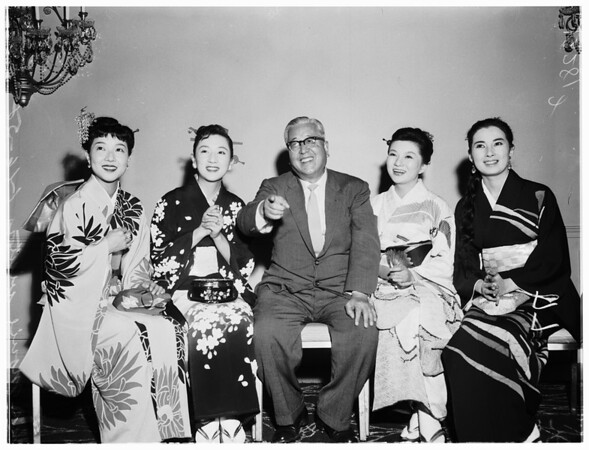 Japanese movie visitors, 1958