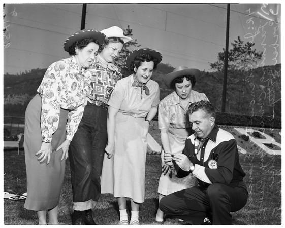 Executives' secretaries, 1952
