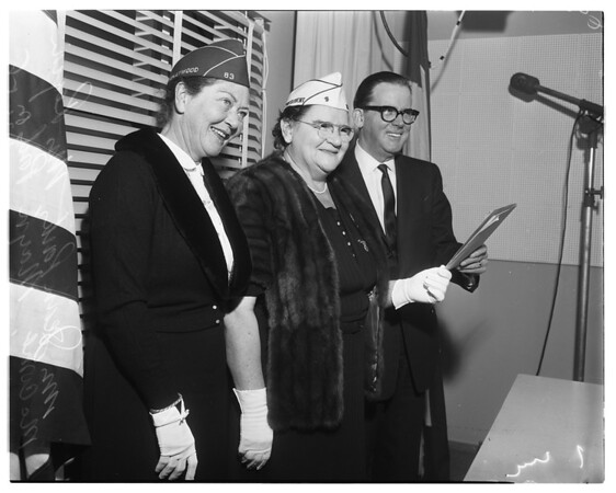 Purple Heart official visit, 1958