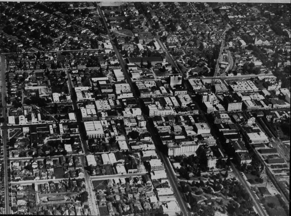 Pasadena from a U.S. Army observation balloon, 1929